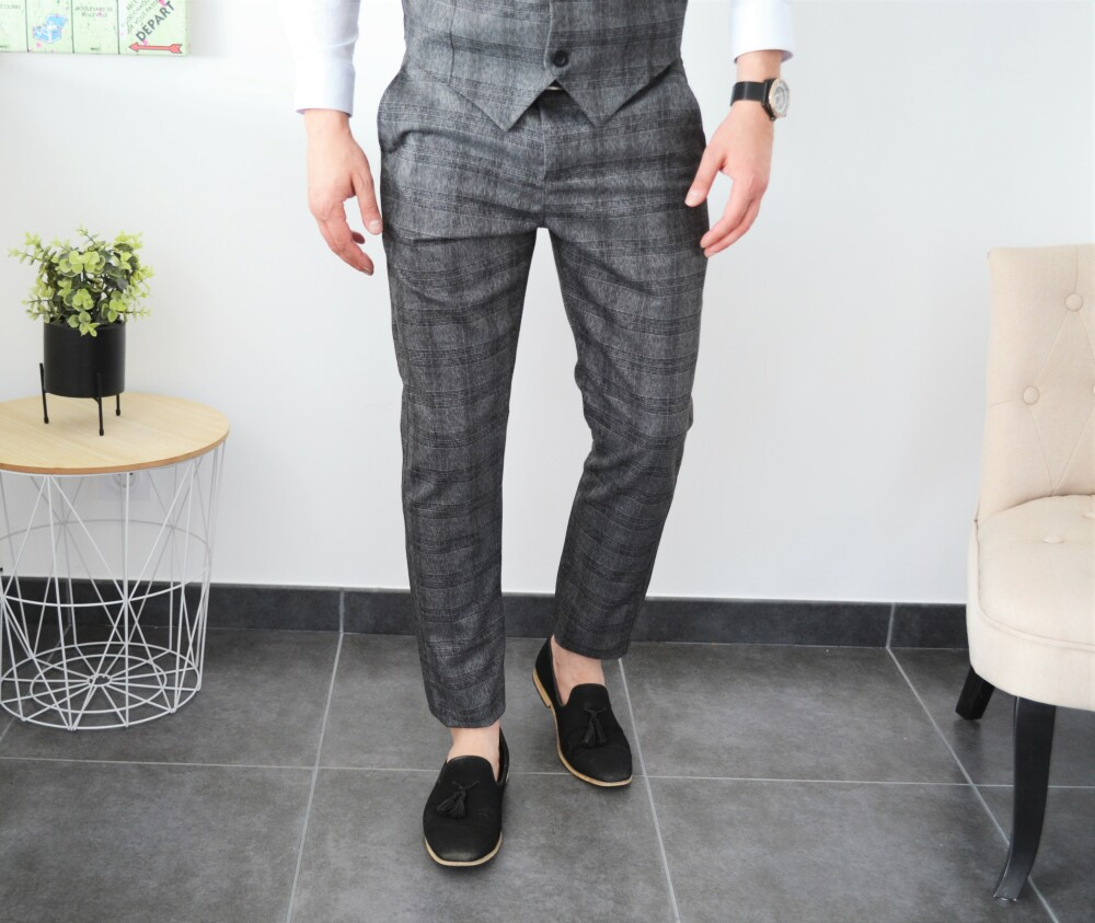 Pantalon chic slim gris à carreaux