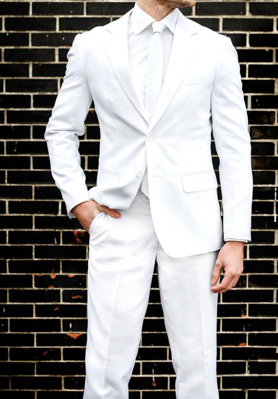 Costume homme blanc mariage couleur uni coupe cintrée